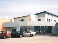 Budynek stacji paliw